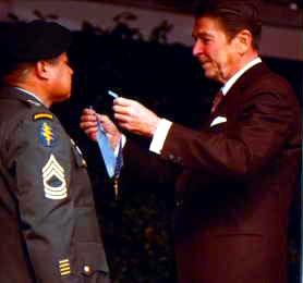 Roy p benavidez medal of honor citation